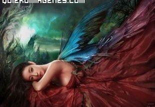 Angel vestida de rojo imágenes