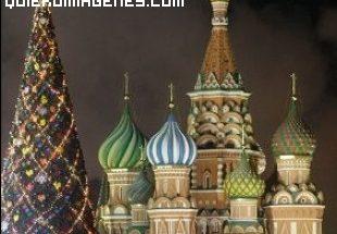 Arbol de Navidad en la Plaza Roja imágenes