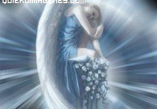 Angel descansando sobre su regazo imágenes