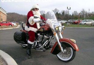 Papá Noël llega en moto imágenes
