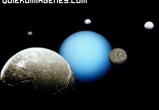 Urano y sus satélites imágenes