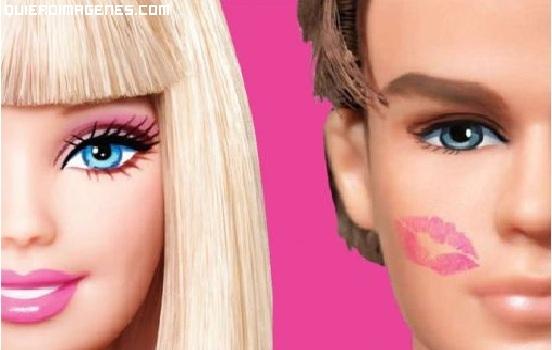Barbie besa a Ken imágenes