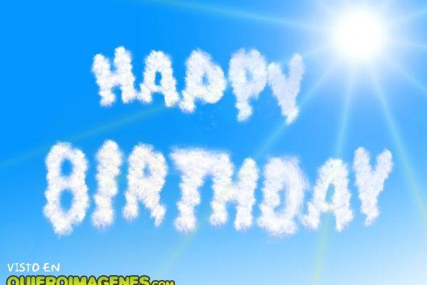 Feliz cumpleaños en las nubes imágenes