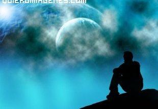 Hombre soñando con el espacio imágenes
