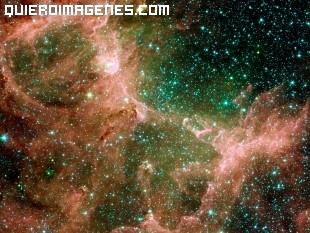 Una colorida galaxia imágenes