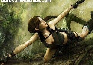 Lara Croft escalando un acantilado imágenes