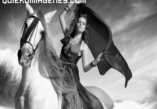 Una gran belleza a caballo imágenes