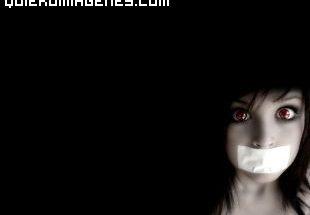 El silencio forzado de una mujer imágenes