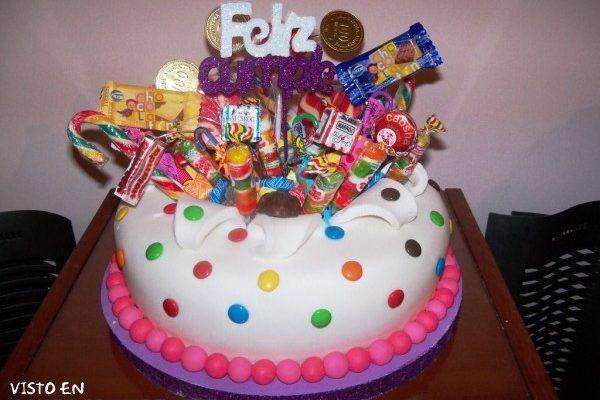 Multicolor tarta de cumpleaños imágenes